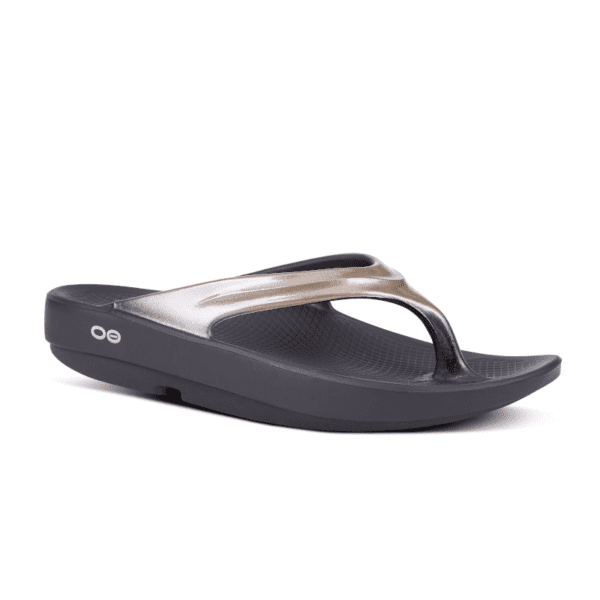 Oofos Oolala Luxe Thong Black Latte min