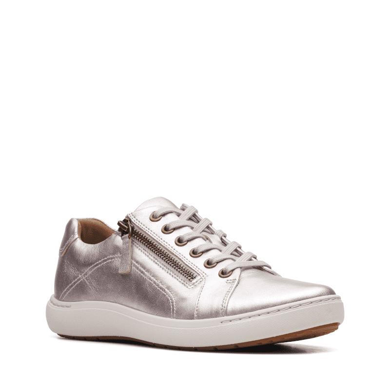 Clarks Nalle Lace Platinum Metallic Leather Main-min